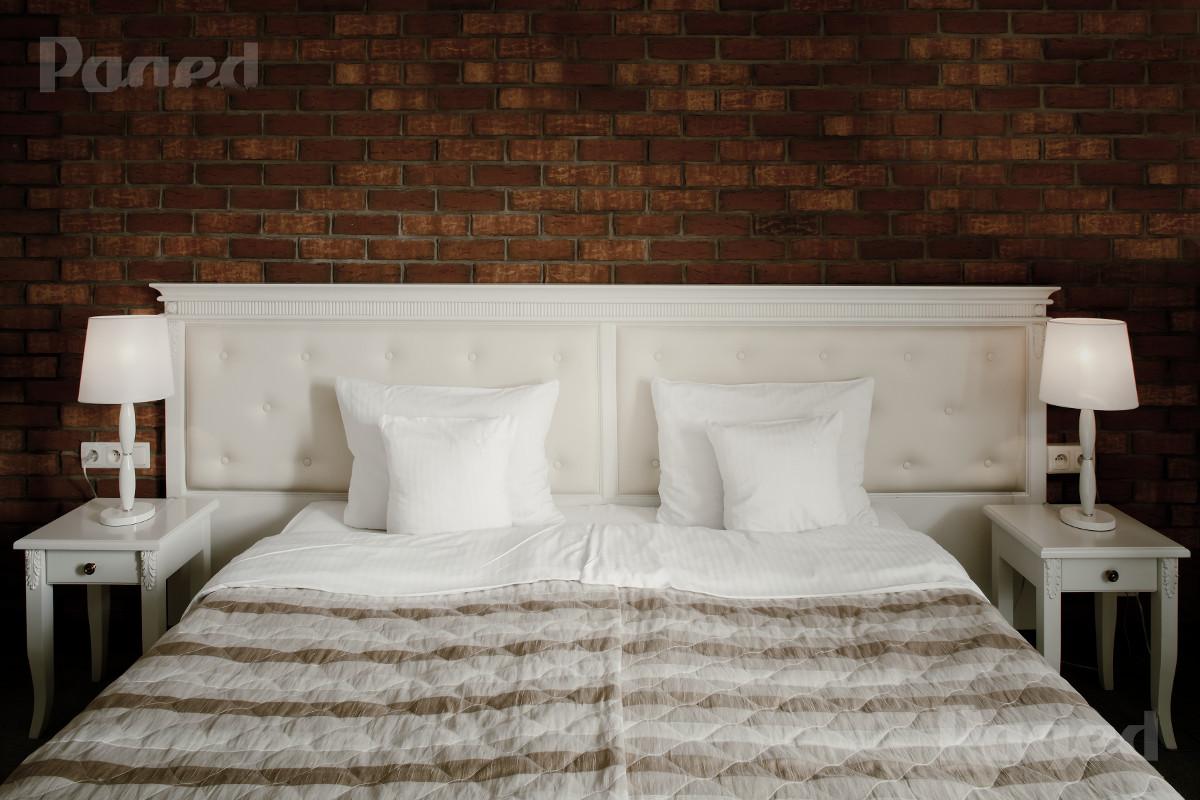 łóżko hotelowe pensjonat kazimierski