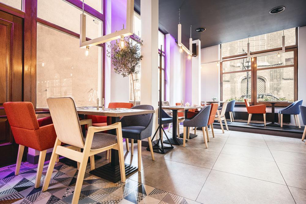 aranżacja wnętrza restaurqacji Mono Kitchen